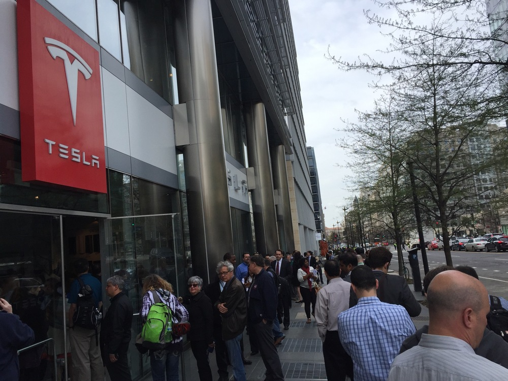 Half of today's line at the DC Tesla store.