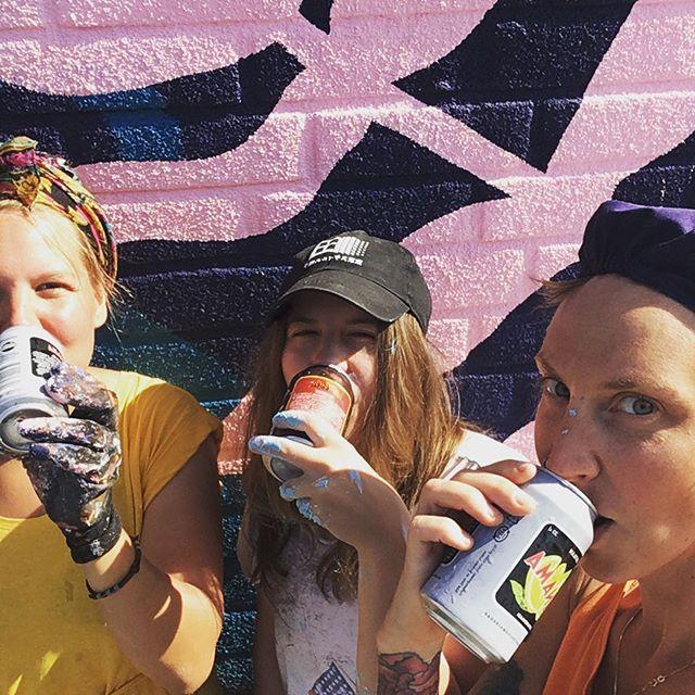 Festarilimpparit tarjoaa Laitilan wirvoitusjuomatehdas. Kiitos 🙏 @laitilanjuomat #panama #riocola #limu #helle #ruralurbanart #streetart #katutaide #grex