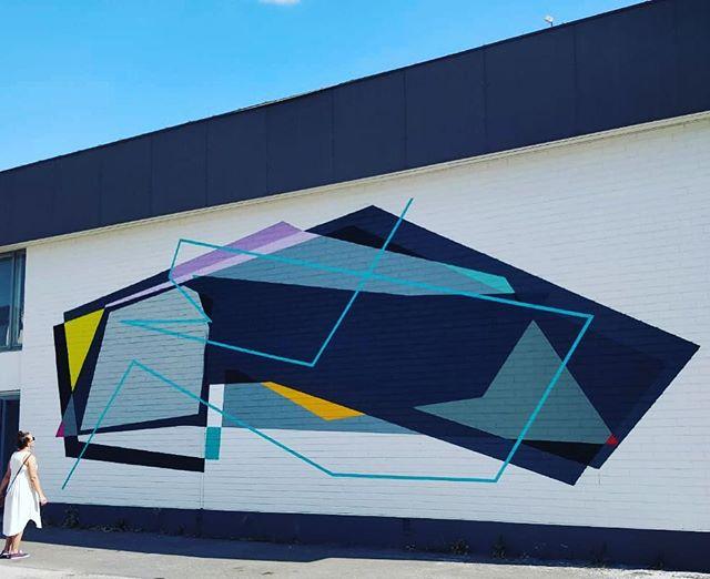 Andreas & Neki duunas megahienon muraalin! #streetart #ruralurbanart #mural #muraali #wallpainting #grex #laitila #megacool