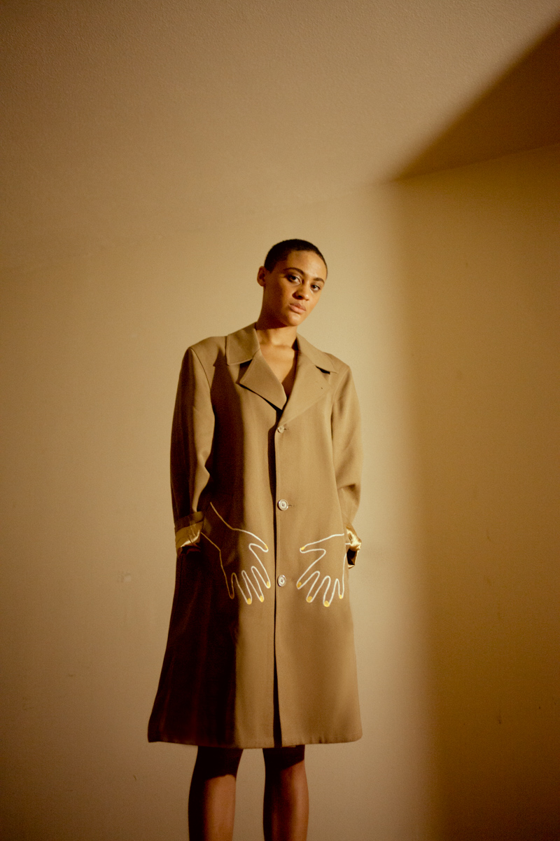 suliya tan trench coat saeboe 2.jpg