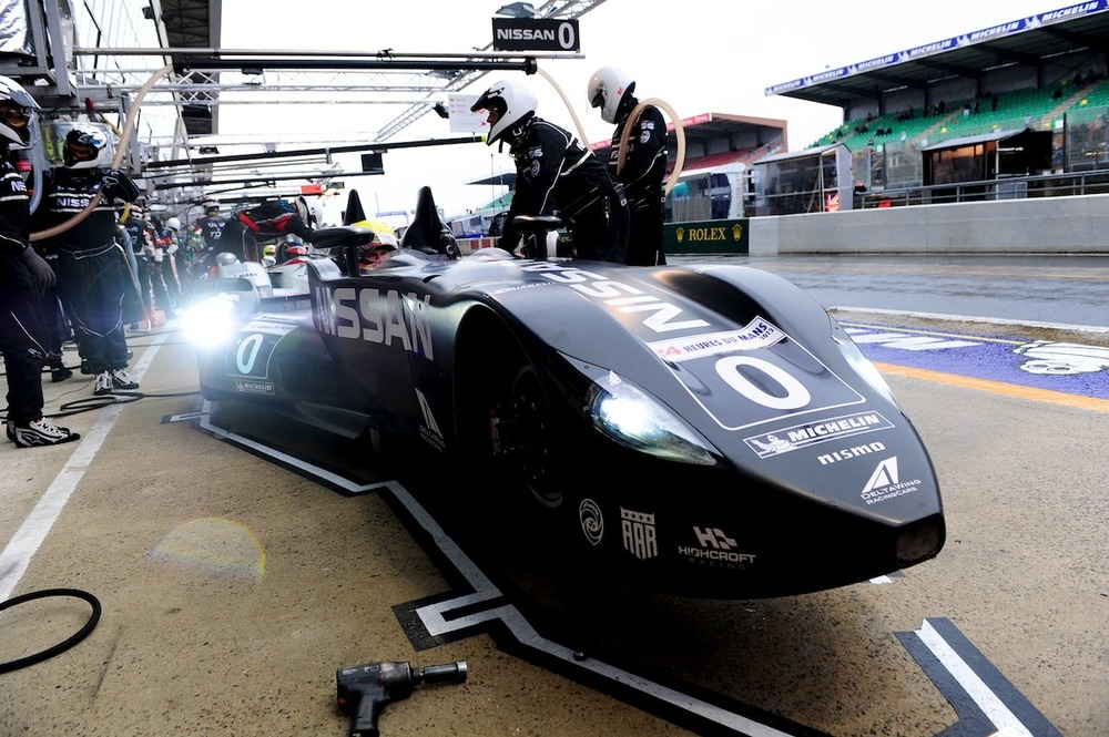Nissan DeltaWing morning warm up