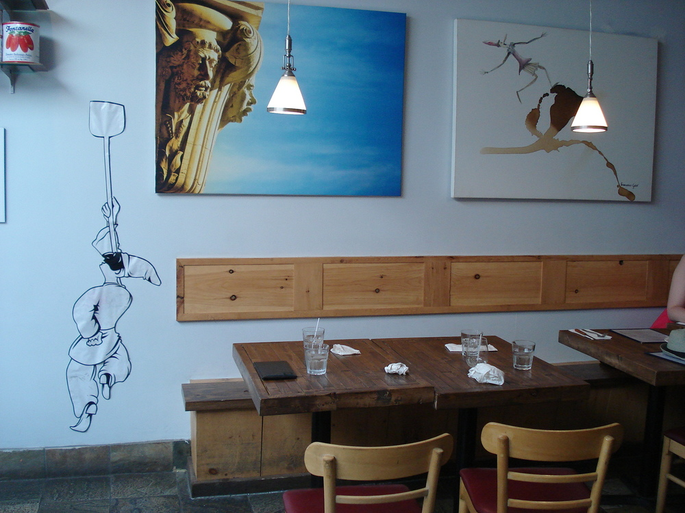 Picture of artwork within Pizzeria Via Mercanti