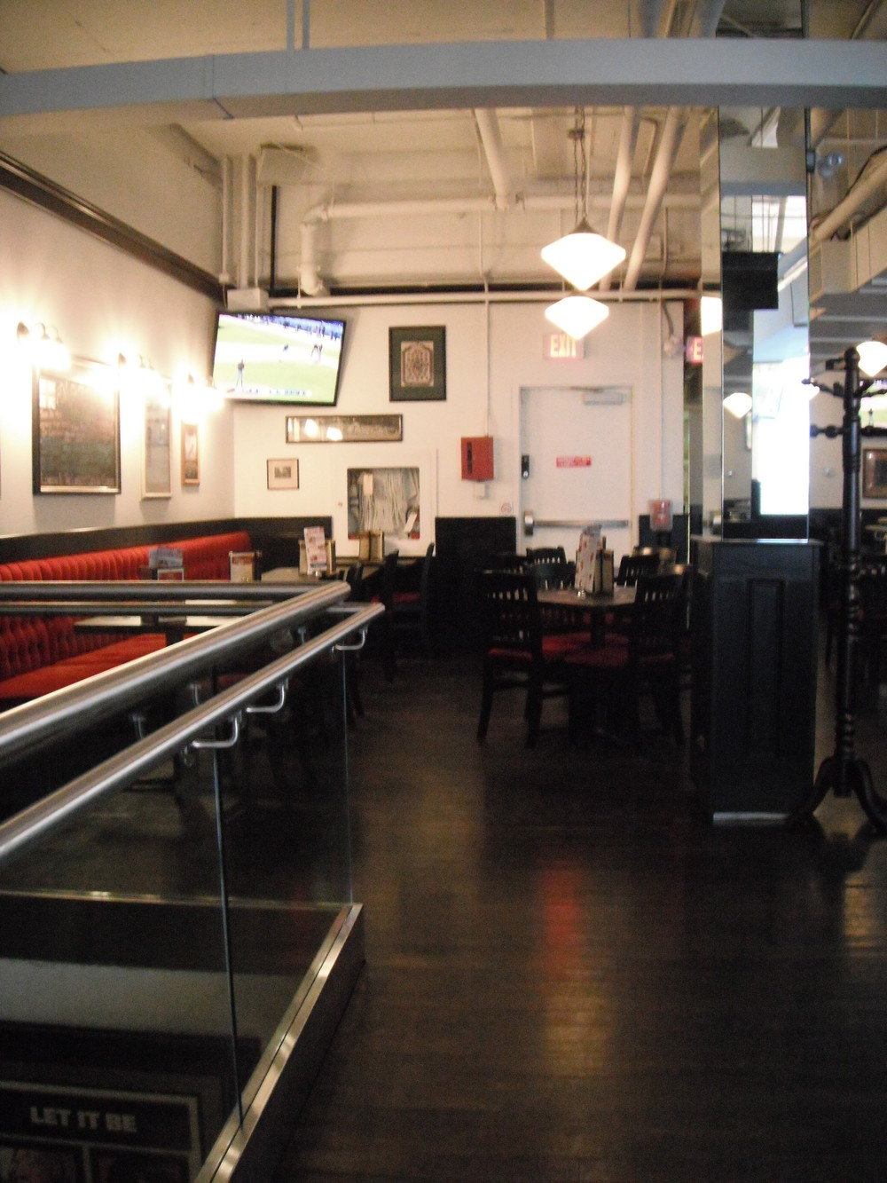 Image of accessible space inside restaurant.