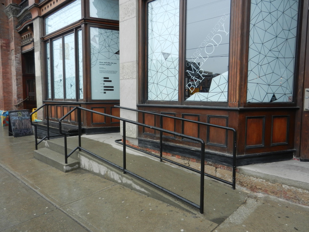 Picture of ramp leading to the front entrance of the Gladstone Hotel