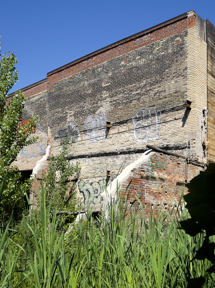 Picture of old building at Evergreen Brickworks