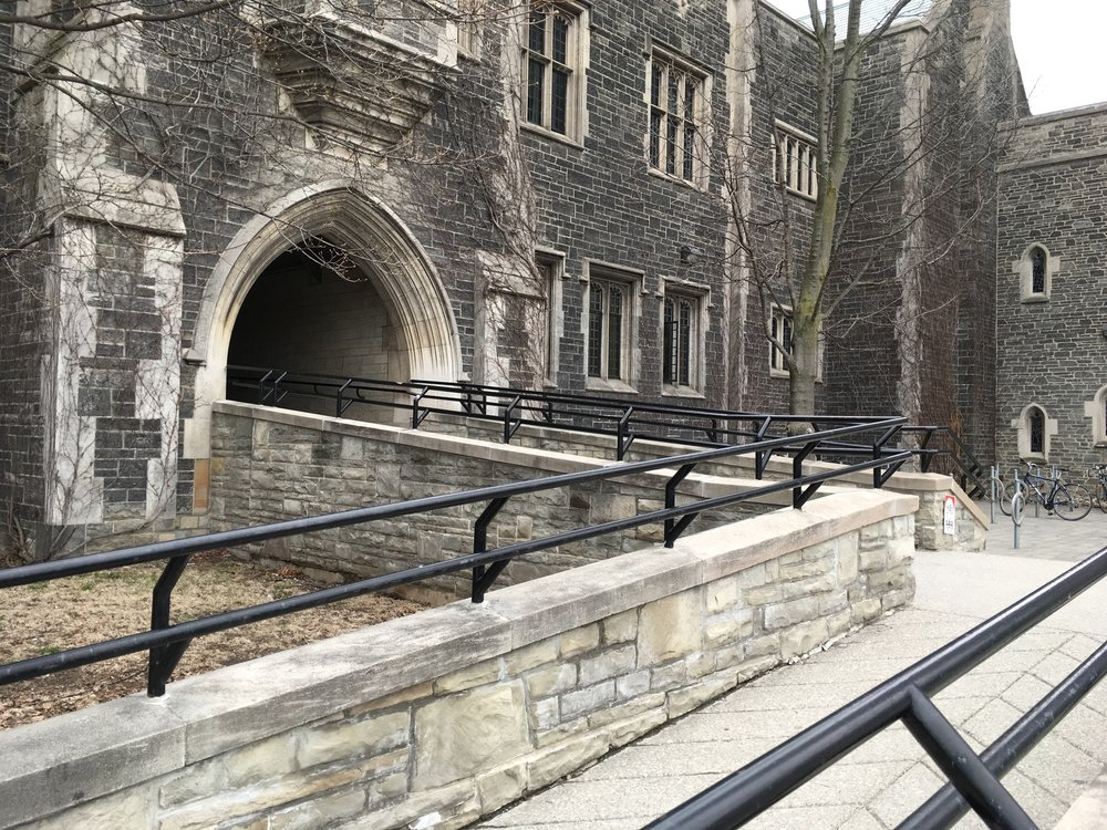 Picture of ramp to the main entrance of the Hart House