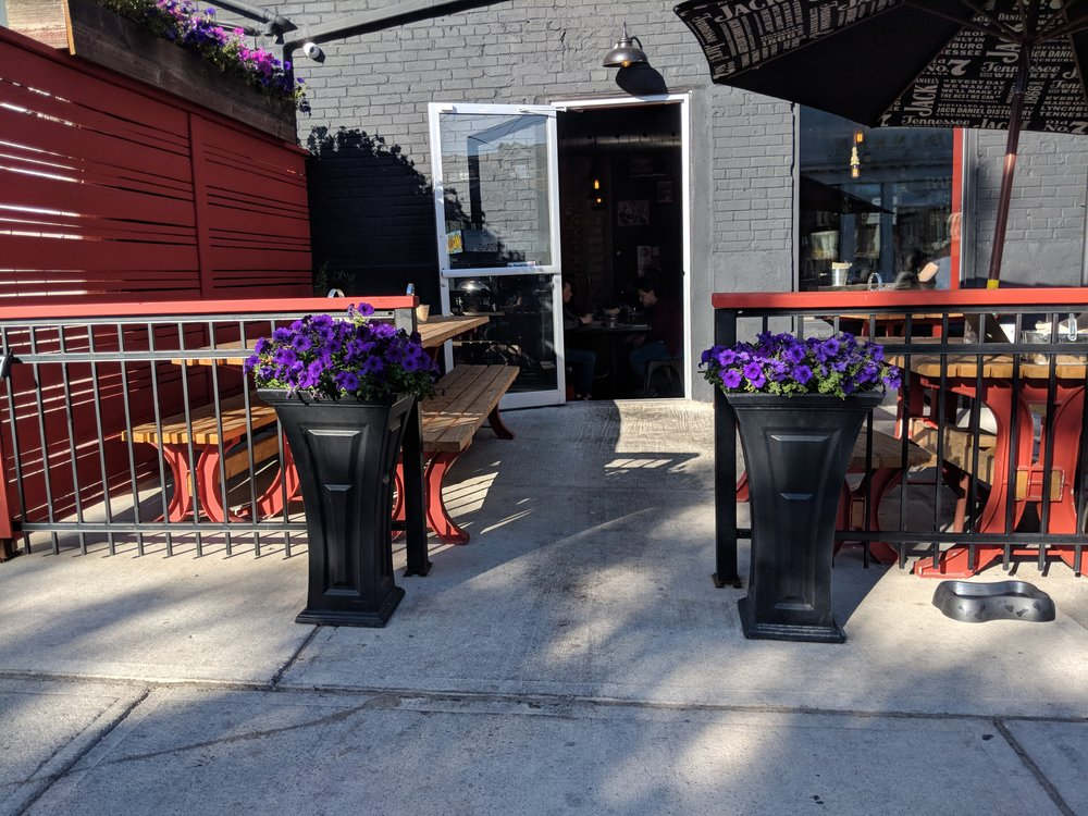 Picture of accessible patio at BlackjackBBQ