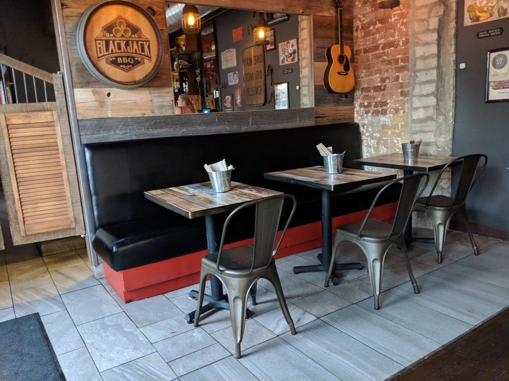 Picture of standard height tables at BlackjackBBQ