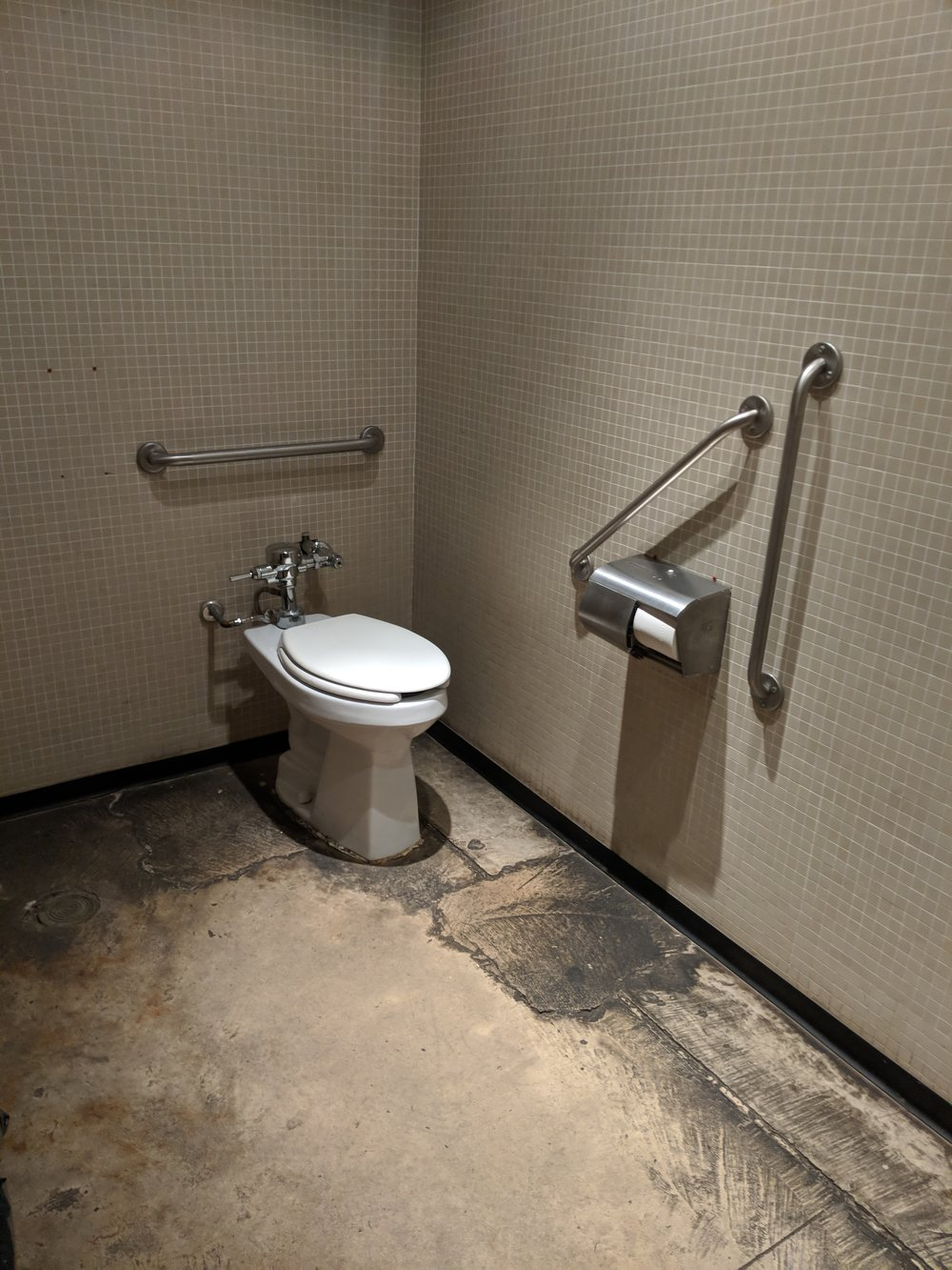 Picture of accessible washroom at Archeo Trattoria