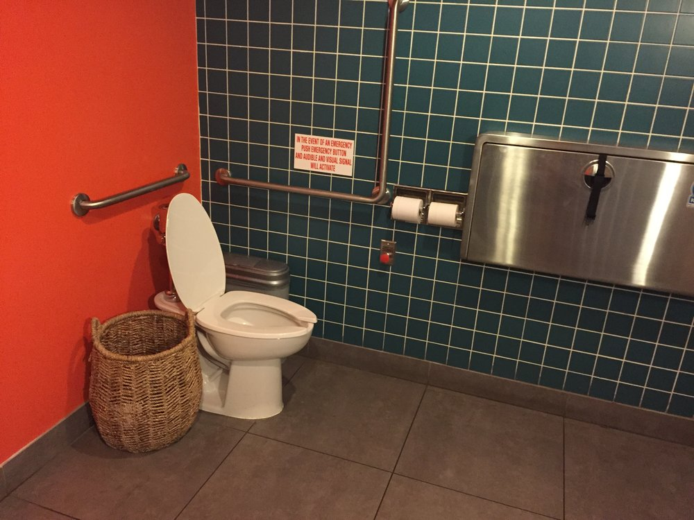 Picture of accessible washroom at Nando's Danforth