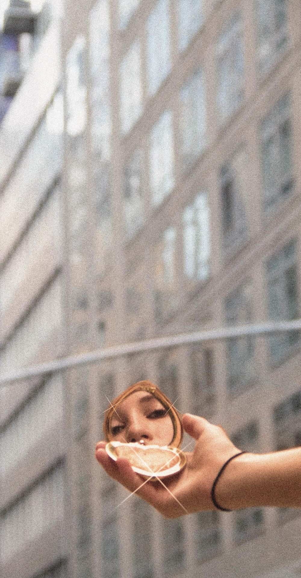 girl gaze-2.jpg