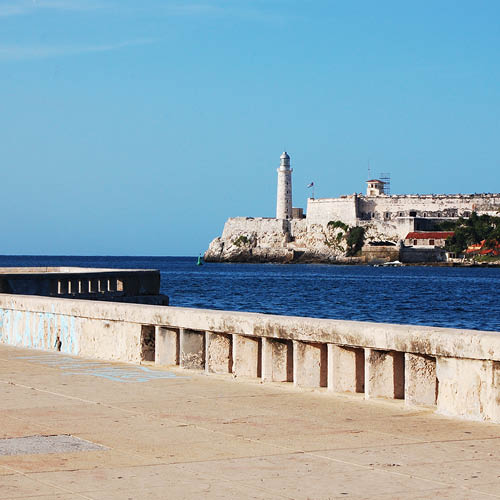 Sarah_Scales_Design_Studio_Travels_Cuba_Malecon_13.jpg