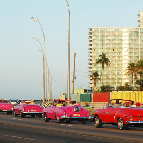 Sarah_Scales_Design_Studio_Travels_Cuba_Malecon_15.jpg