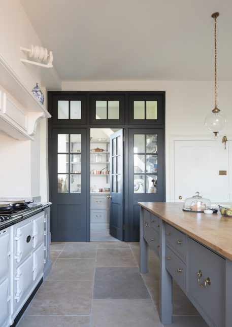 Sarah Scales Boston Interior Design   Humphrey Munson Kitchen