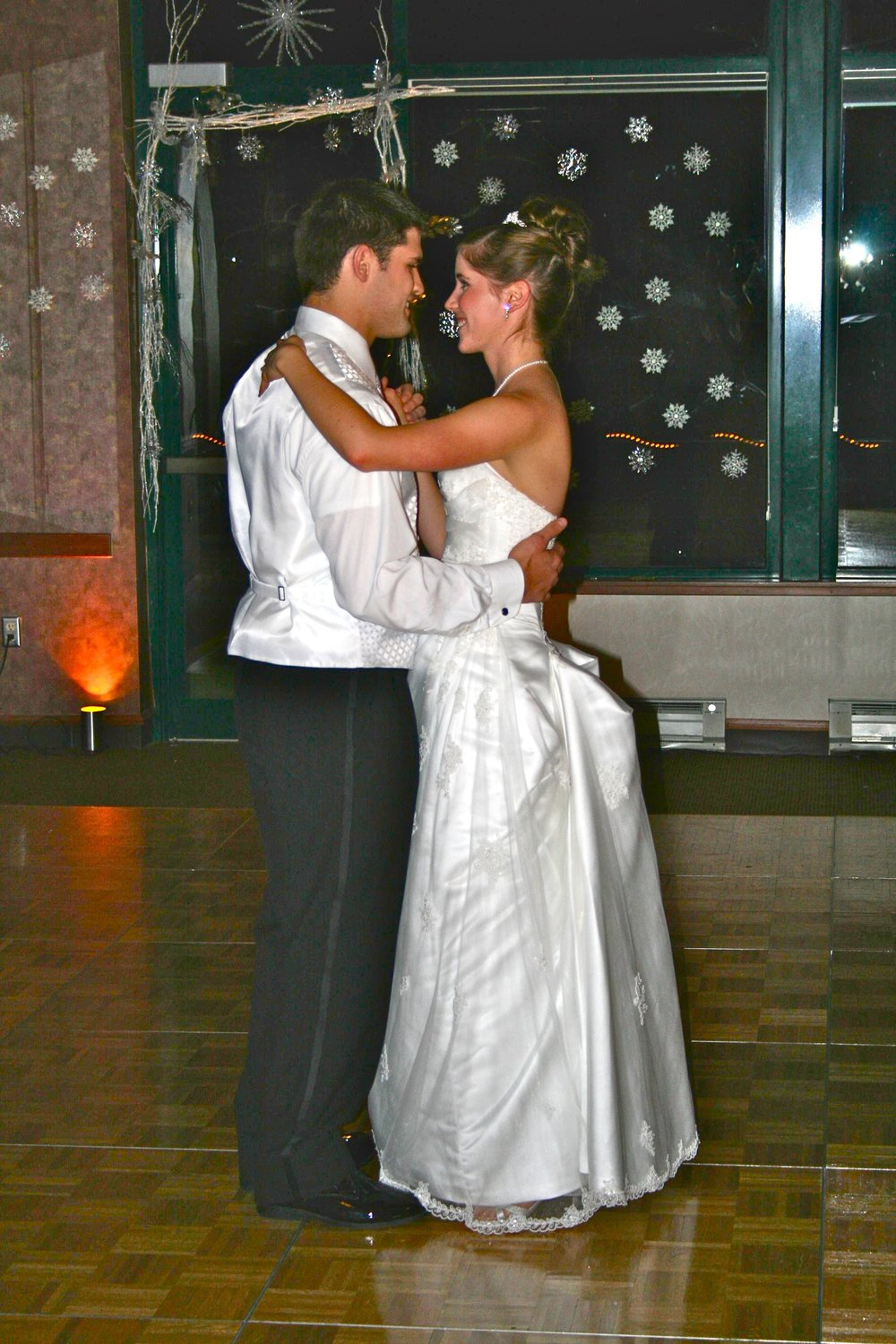 Erica & Drew's first dance was The Day Before You by Rascal Flatts...