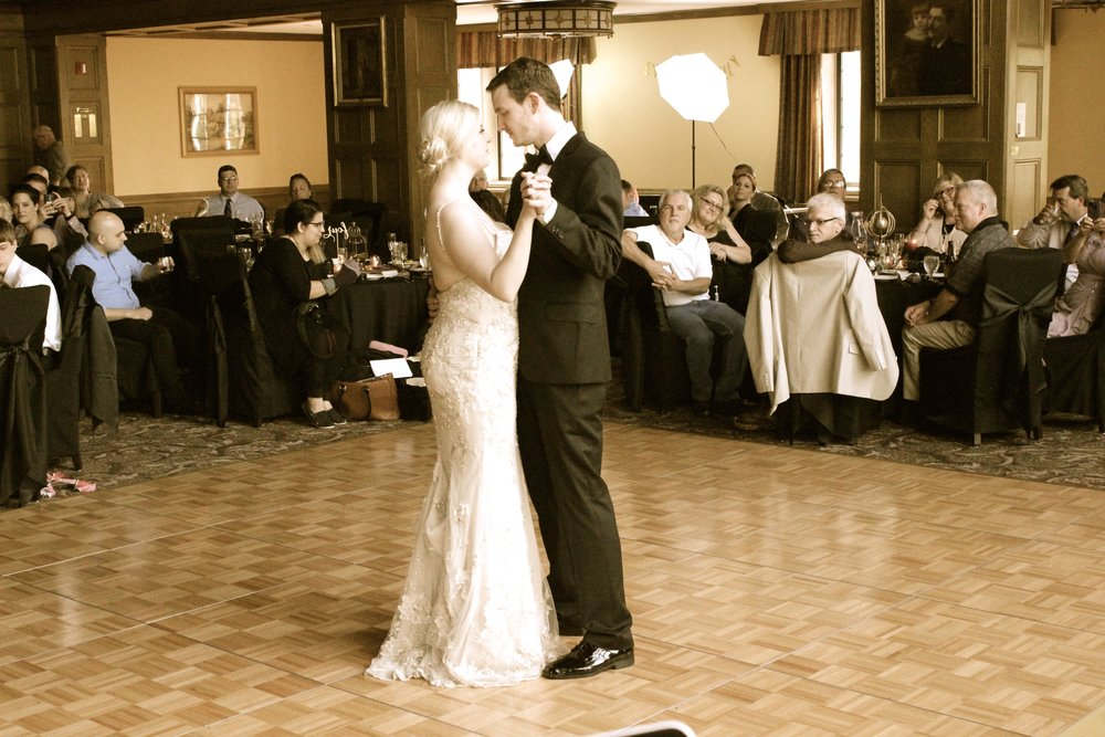 "Kelly & Evan's 1st dance - ""I wish you all the love in the world..."" lyrics by Fleetwood Mac 'Songbird'"