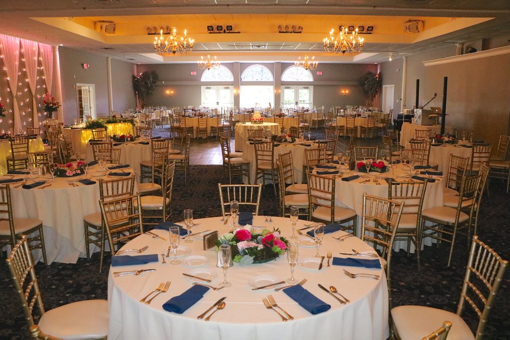 Aberdeen Manor Valparaiso  is an outstanding venue! Their staff are a pleasure to work with; their attention to detail and hospitality to guests is fantastic.