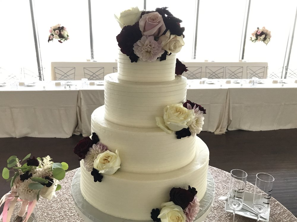 Cake by Classic Cakes Carmel, Flowers by McNamara Indy