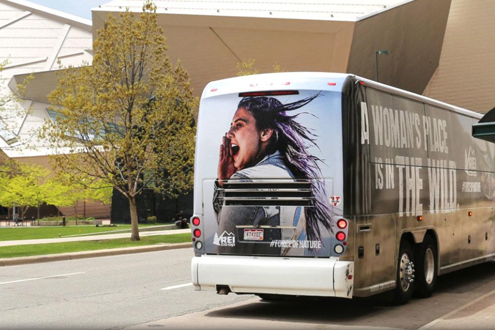 bus_0002_3.jpg