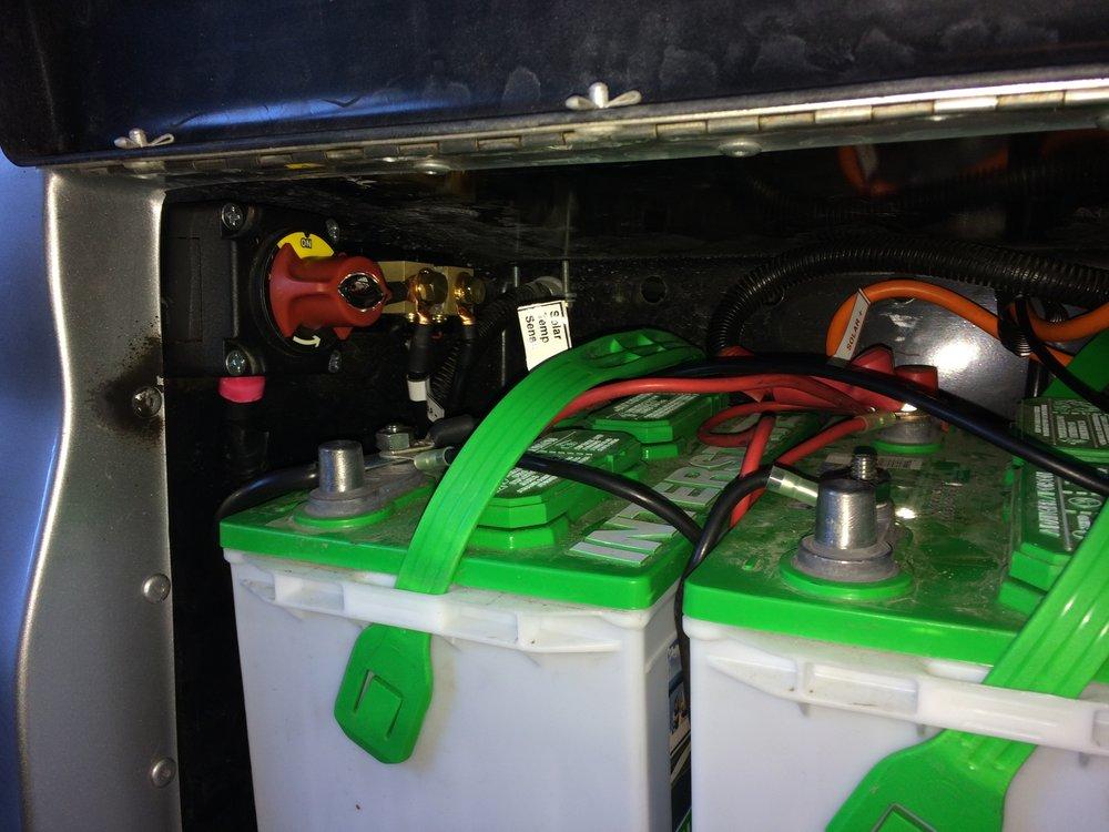 RoadTrek 190 Batteries?format=300w 10 20 2016 2013 roadtrek 190, 20' PJ Trailer Wiring Diagram at eliteediting.co