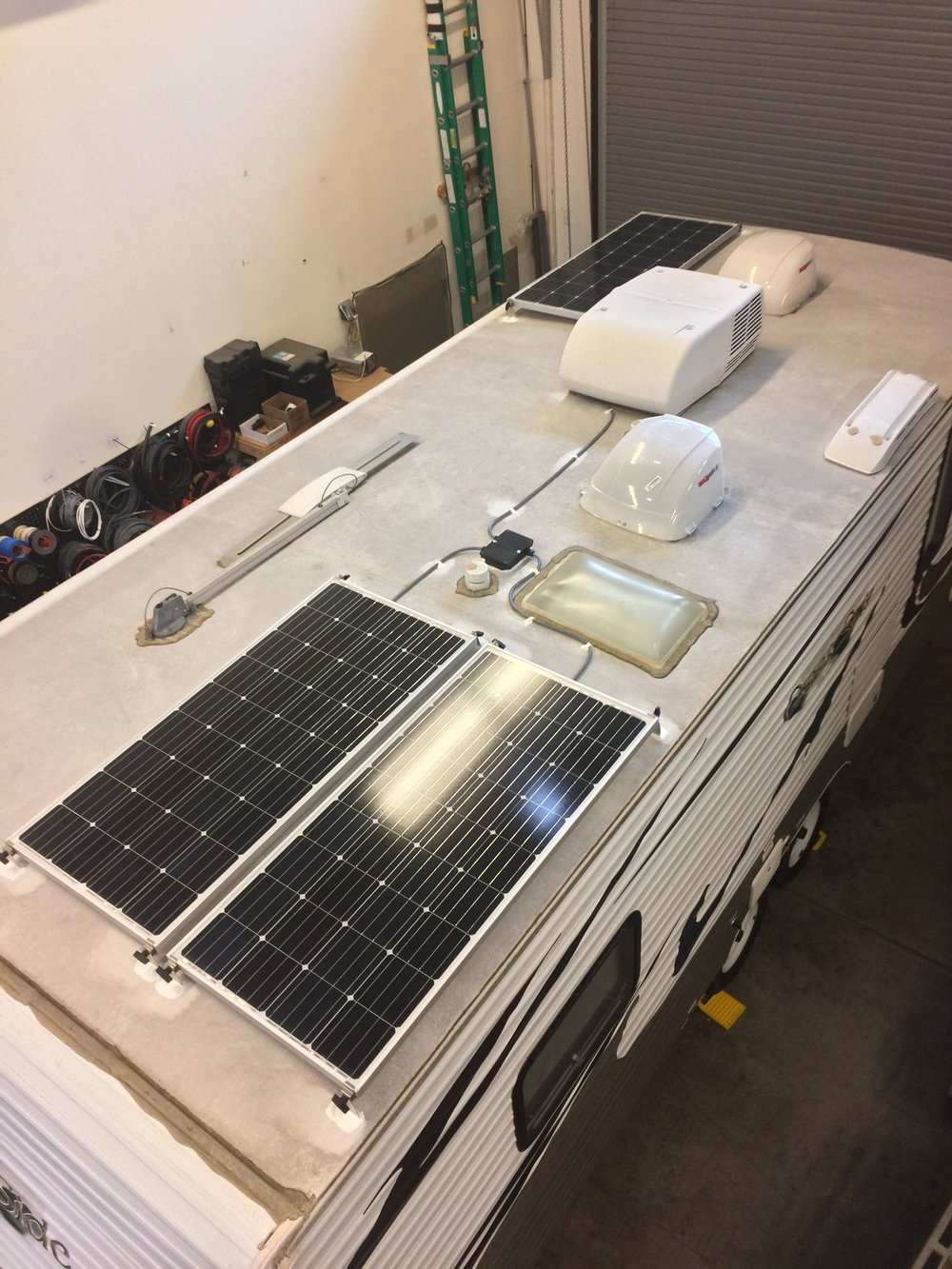 480W roof mount solar system