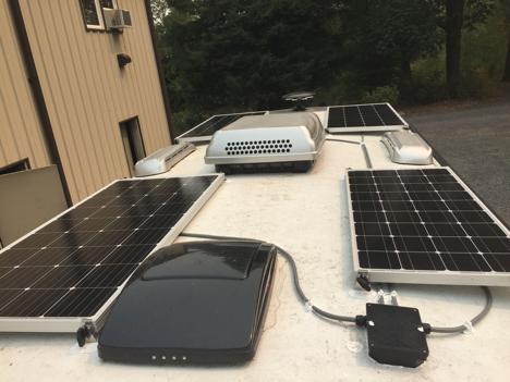 640W solar charging system