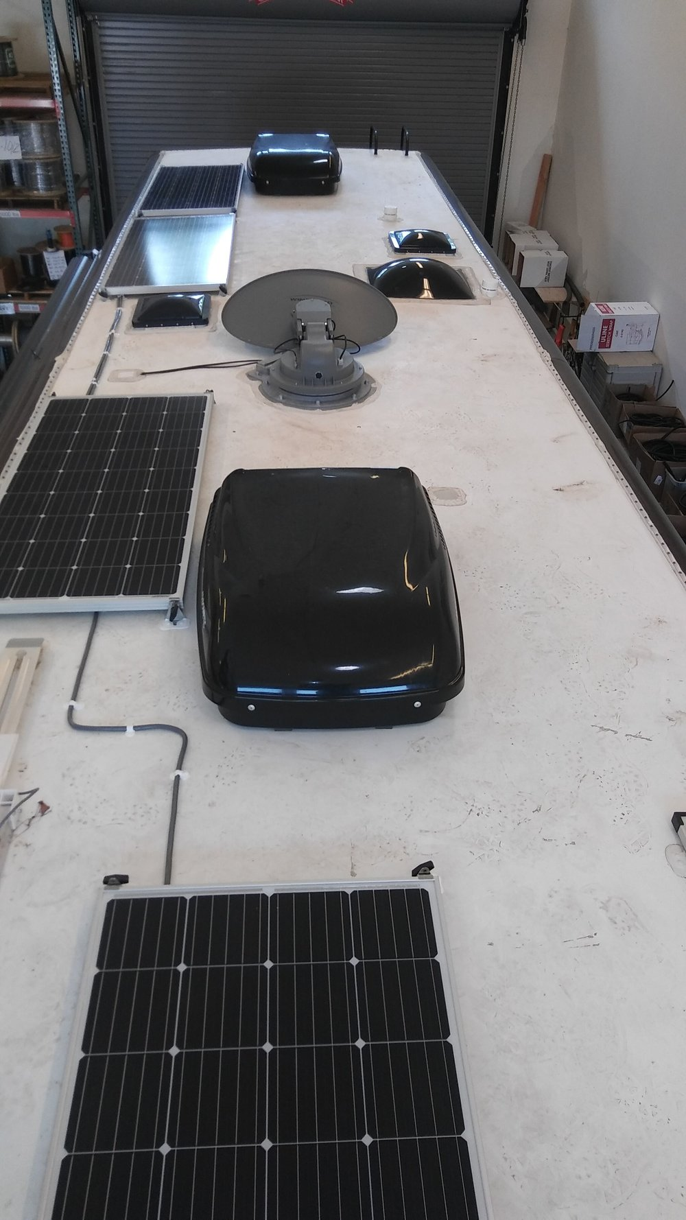Solar Panel Installation For Rvs Trailers Am Power Energy Diagram On Inverter Ac Wiring 720w Charging System