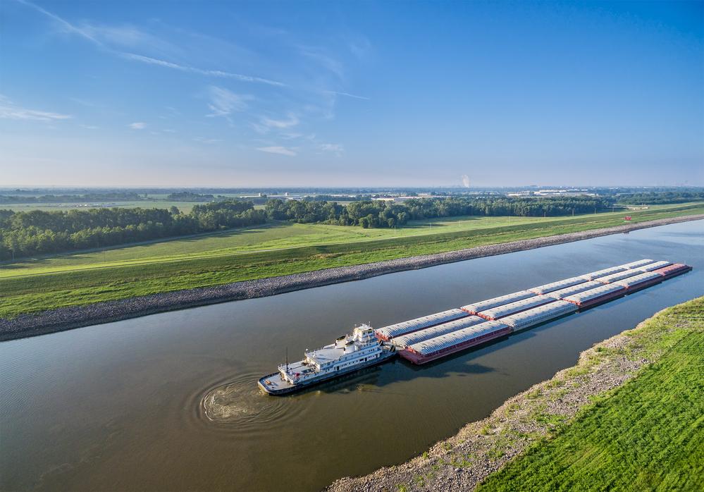 canal barge.jpg