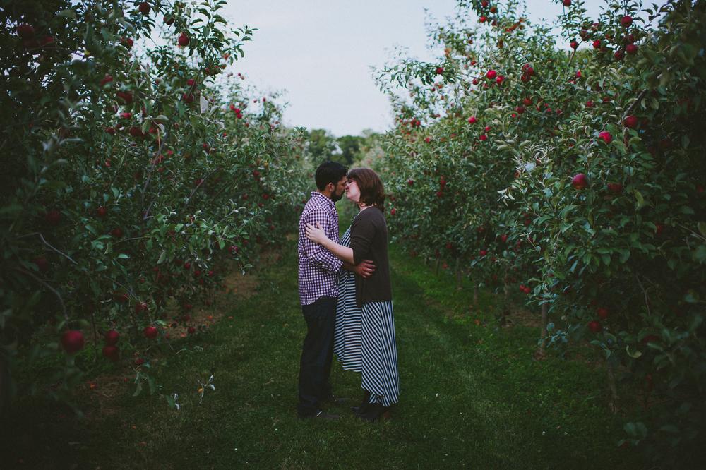 NinaLilyPhotography_AppleOrchardEngagement_Blog48