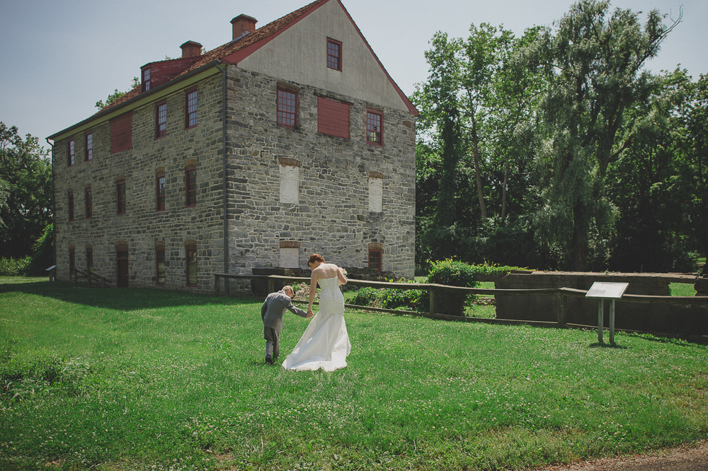 NinaLilyPhotography_HistoricBethlehemWedding_WoodstoneWedding_KellerBlog063.jpg