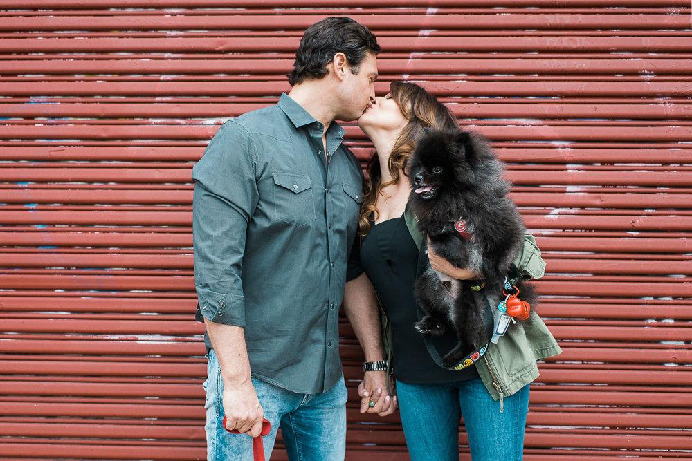 09myketeyblog-racestreetpier-philadelphia-engagement.jpg