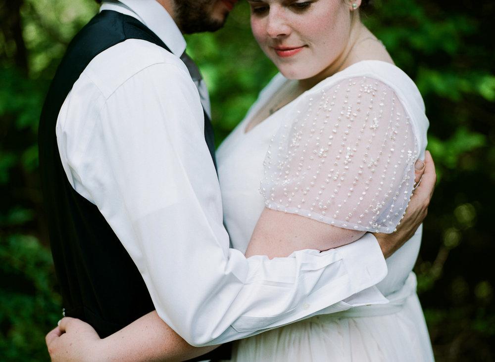 ninalilyphoto-alpenhof-philadelphia-elopement-036.jpg