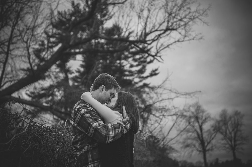 ninalilyphoto-hiddenvalleyfarm-engagement45.jpg