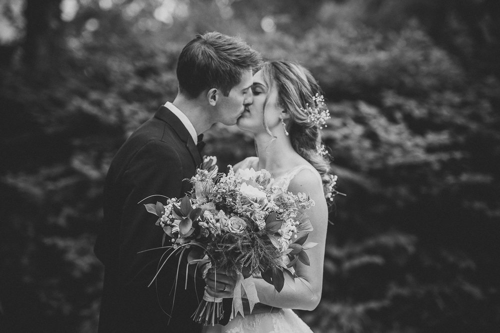 025ninalilyphoto-shawneeinn-pocono-wedding.jpg