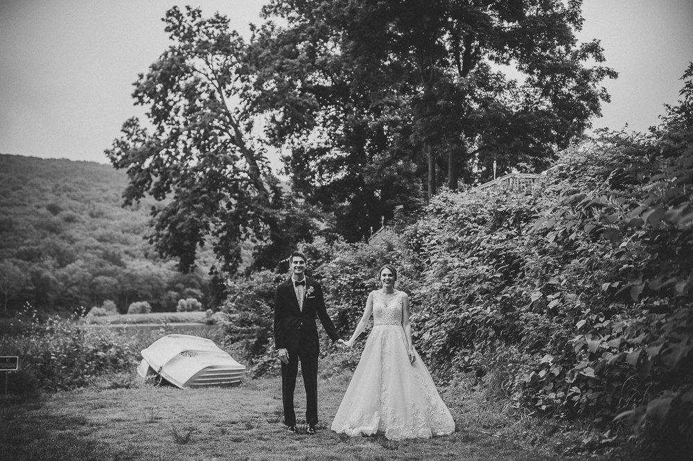 034ninalilyphoto-shawneeinn-pocono-wedding.jpg