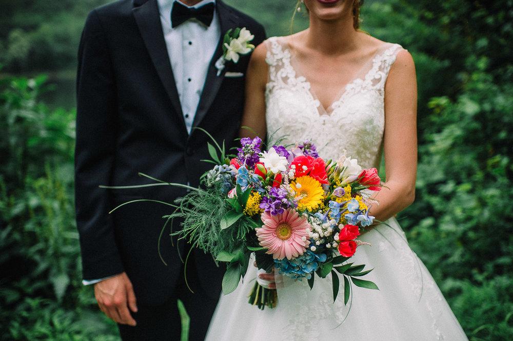 037ninalilyphoto-shawneeinn-pocono-wedding.jpg