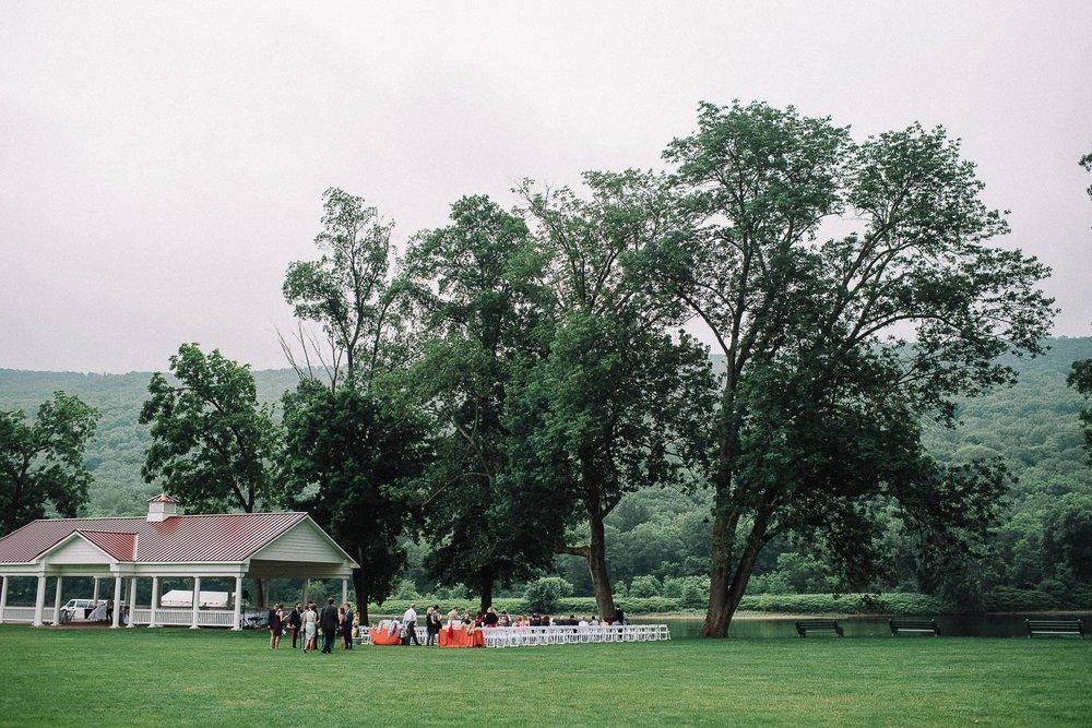 050ninalilyphoto-shawneeinn-pocono-wedding.jpg
