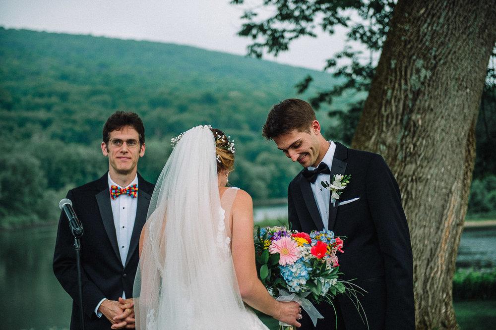 057ninalilyphoto-shawneeinn-pocono-wedding.jpg