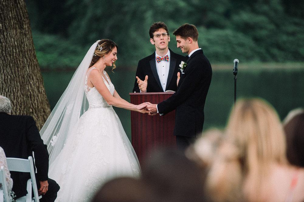 061ninalilyphoto-shawneeinn-pocono-wedding.jpg