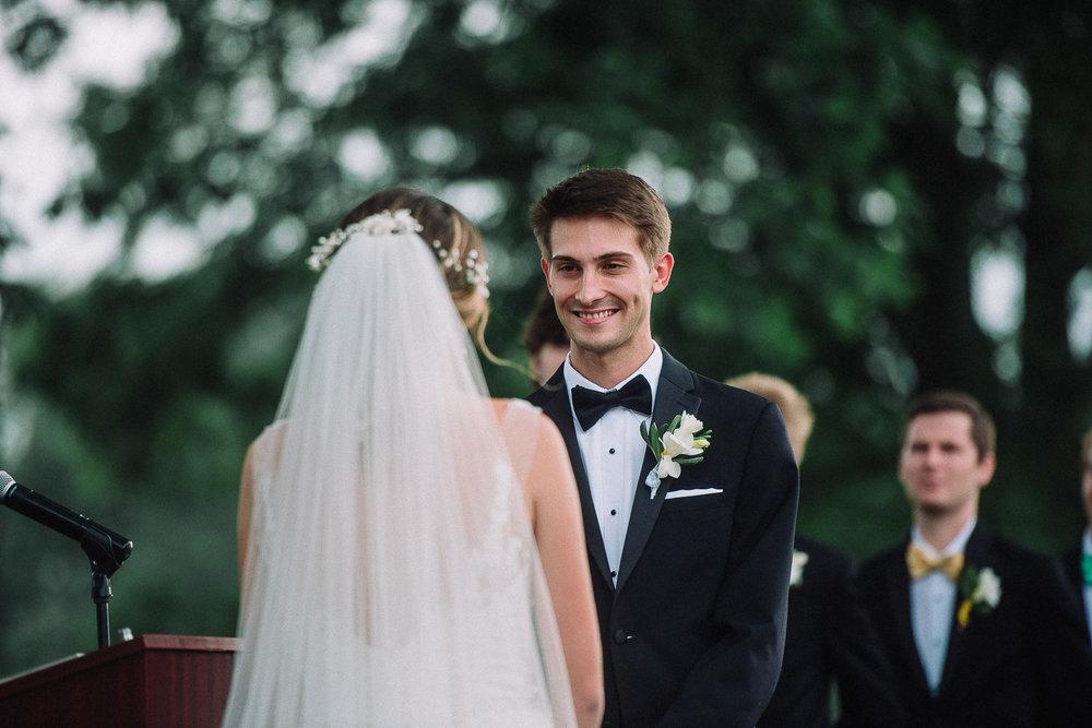 065ninalilyphoto-shawneeinn-pocono-wedding.jpg