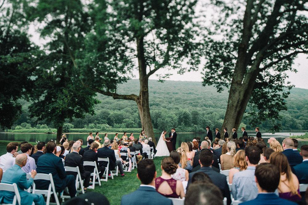 072ninalilyphoto-shawneeinn-pocono-wedding.jpg