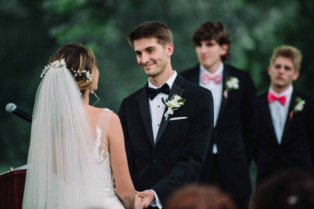 074ninalilyphoto-shawneeinn-pocono-wedding.jpg