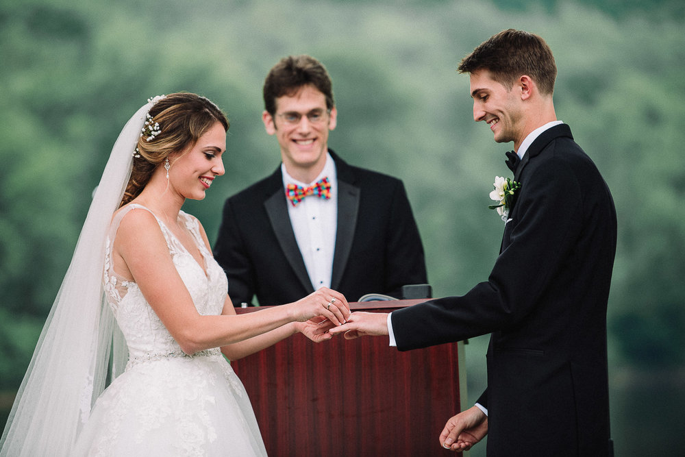 077ninalilyphoto-shawneeinn-pocono-wedding.jpg
