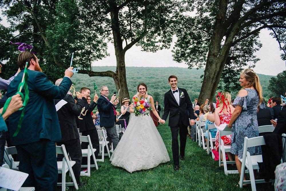 083ninalilyphoto-shawneeinn-pocono-wedding.jpg