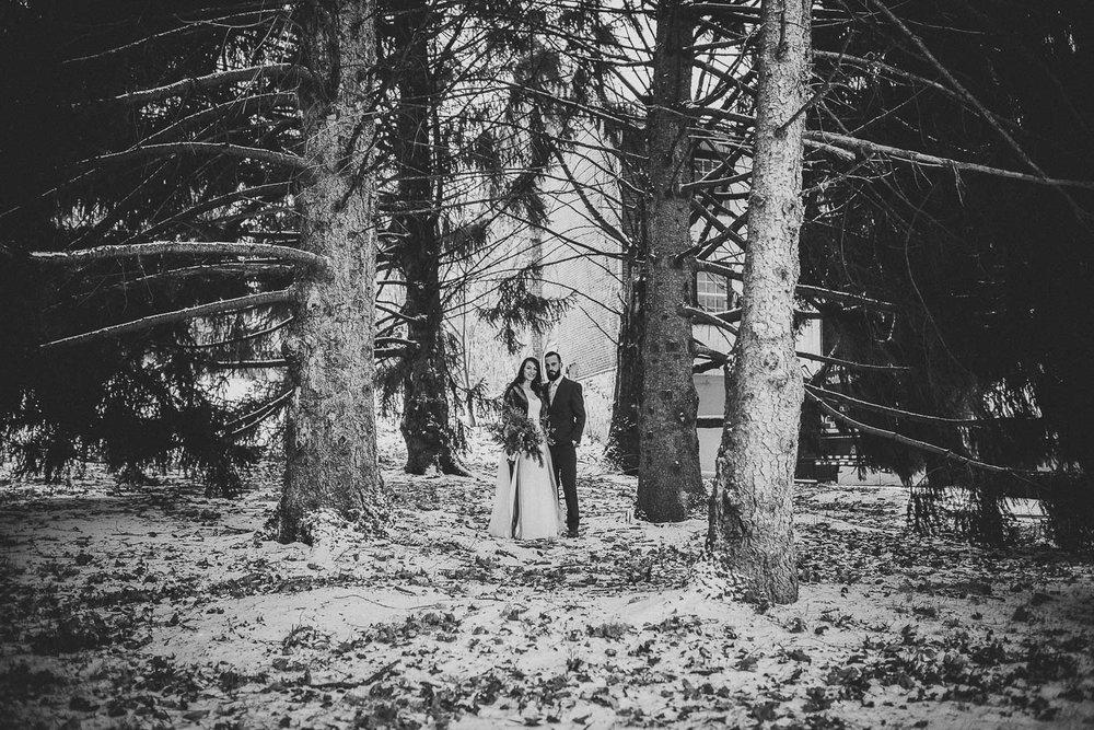 ninalilyphotography-ultraviolet-snowday-lehighvalleyweddingphotographer07.jpg