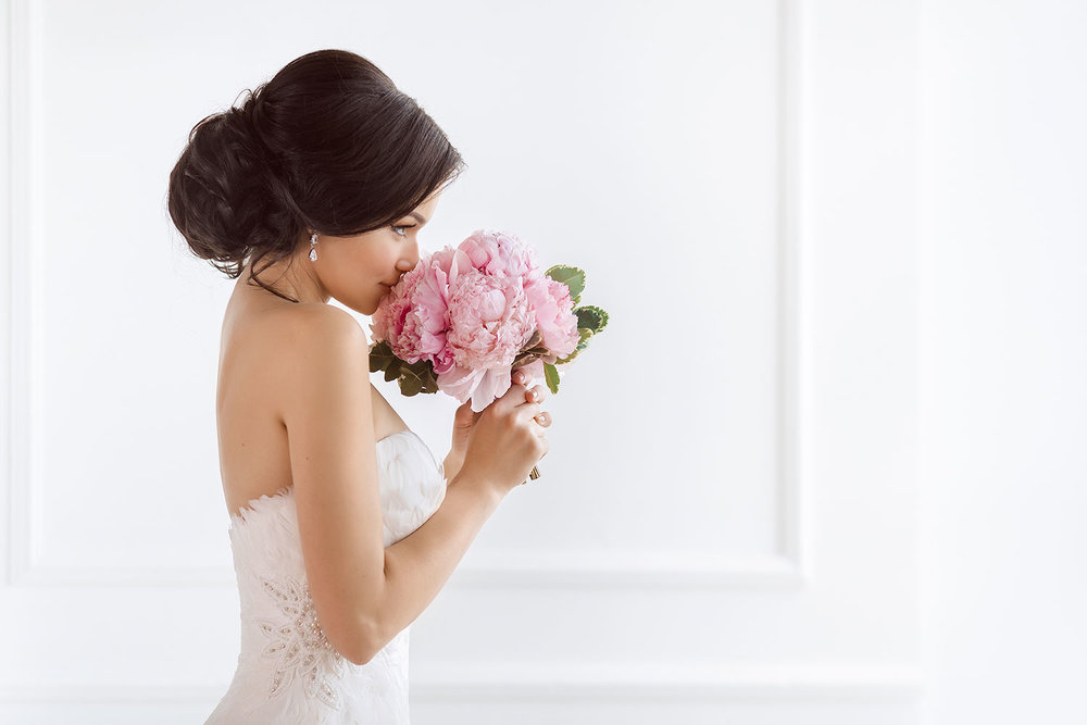 relaxed, carefree bridal hair and makeup in the lake tahoe region