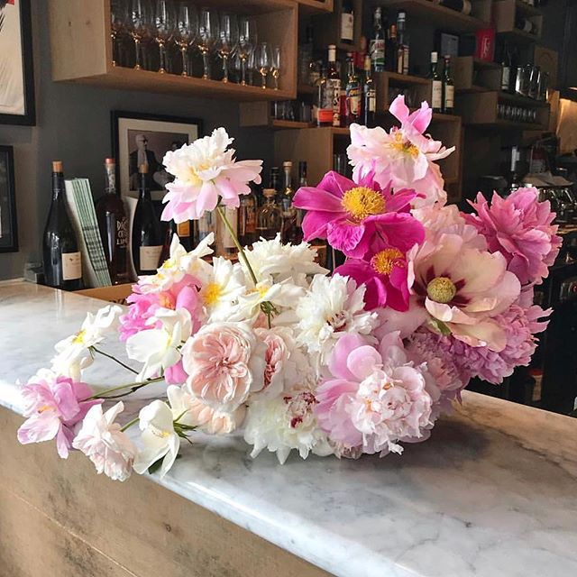 We're just loving these flowers from local florist @moswn__ 🌸🌷🌹 #flowers #shoplocal #Toronto