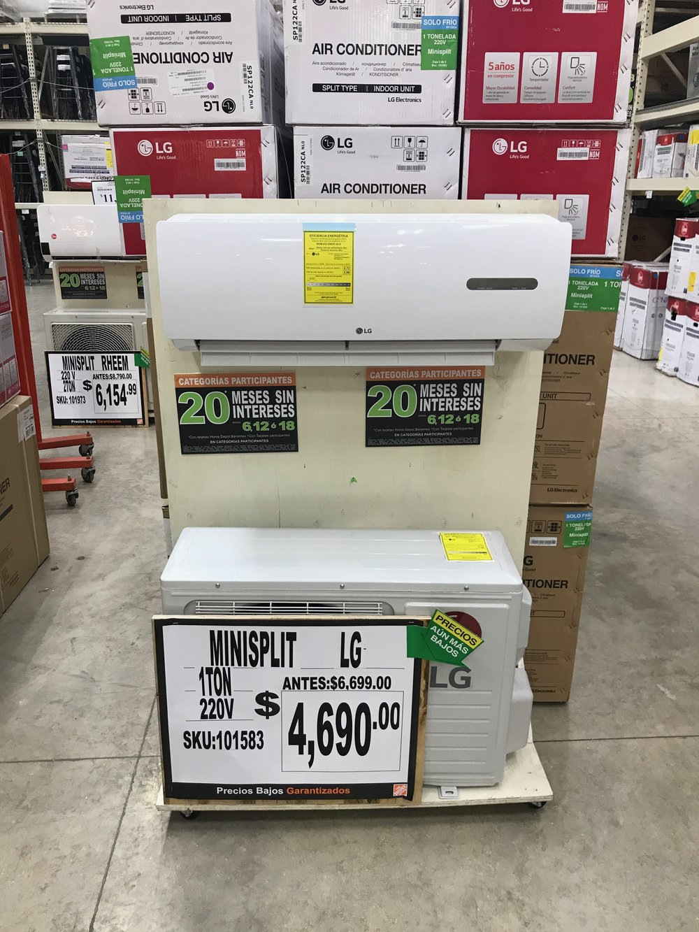 This high efficiency mini split air conditioning system is 3 x more expensive in the United States than at this Home Depot in Playa Del Carmen, Mexico
