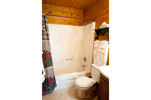 Cabin4-Bathroom.png