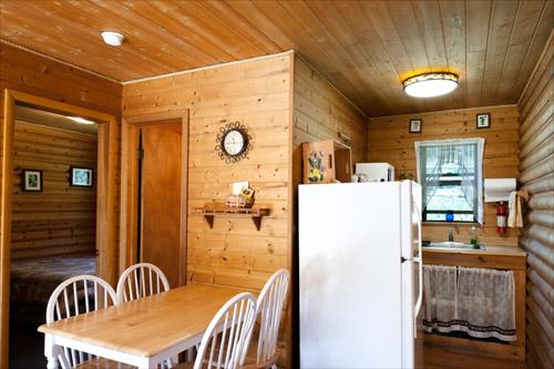 Cabin1-Livingroom-Kitchen.jpg
